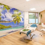 389527_nl_m-tropical_waxing__skincare_studio_01-large